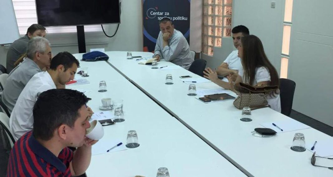 Održane diskusije sa novinarima na teme bezbednosti